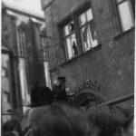 Halle, Marktplatz, Panzer vor dem Marktschlösschen (Foto: Archiv Verein Zeit-Geschichte(n), Nr. 33)